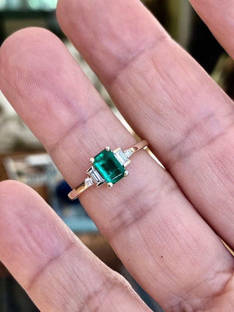 Rectangular Cut Emerald and Diamond Ring Gold For Sale 5