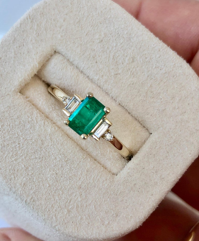 Art Deco Rectangular Cut Emerald and Diamond Ring Gold For Sale