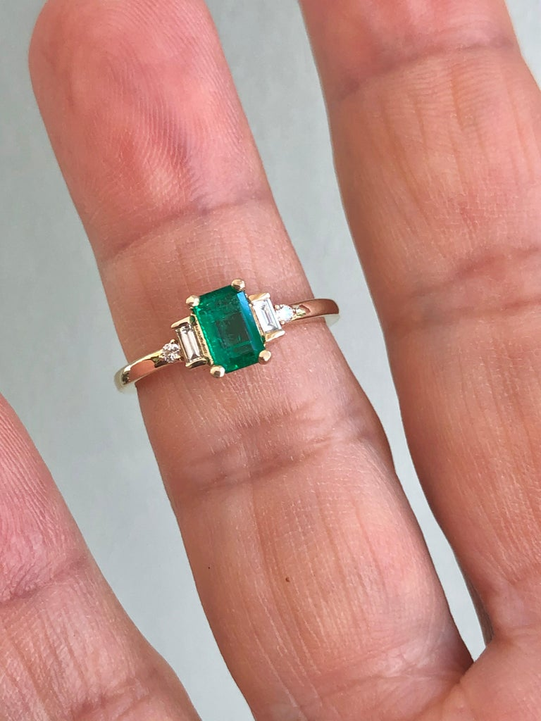 Women's Rectangular Cut Emerald and Diamond Ring Gold For Sale