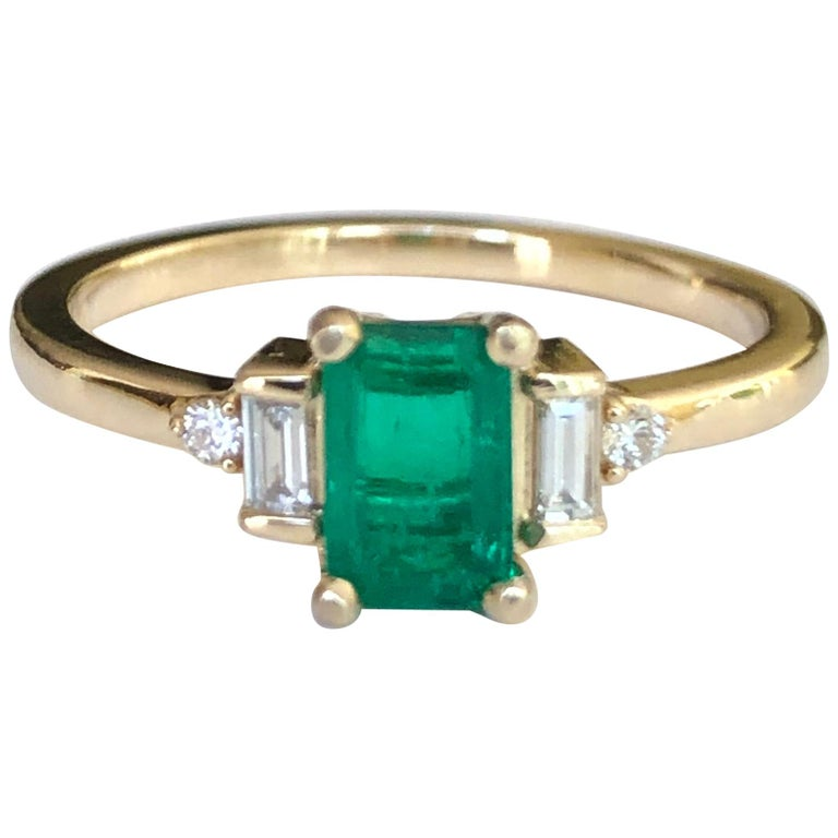 Rectangular Cut Emerald and Diamond Ring Gold For Sale