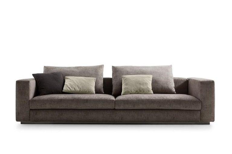Modern Molteni&C Rectangular Decorative Cushion Light Grey Velvet For Sale