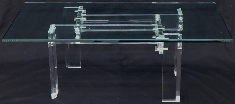 Rectangular Glass top Lucite Base Coffee Table In Excellent Condition For Sale In Rockaway, NJ