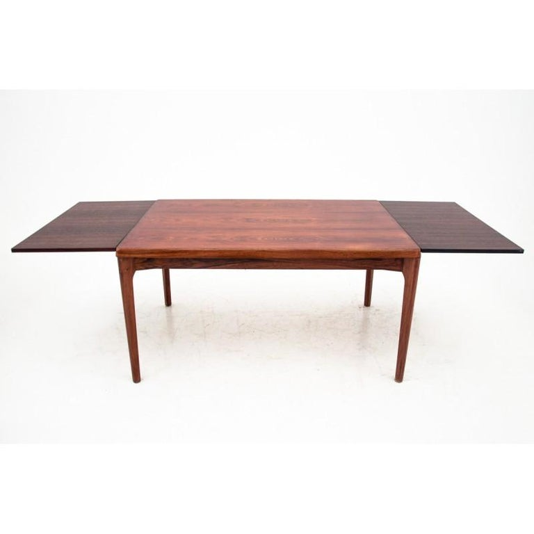 Rectangular Rosewood Extendable Dining Table in Danish Design, 1960s In Good Condition For Sale In Chorzów, PL