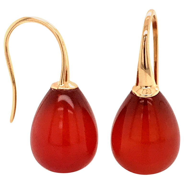 Red Agathe and Yellow Gold 18 Karat Drop Earrings For Sale
