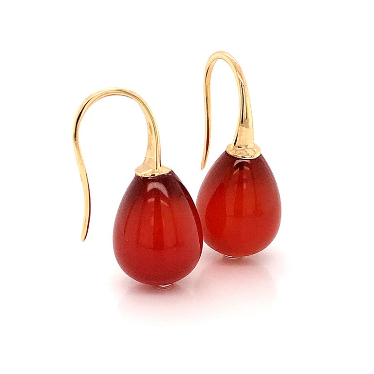 Women's Red Agathe and Yellow Gold 18 Karat Drop Earrings For Sale