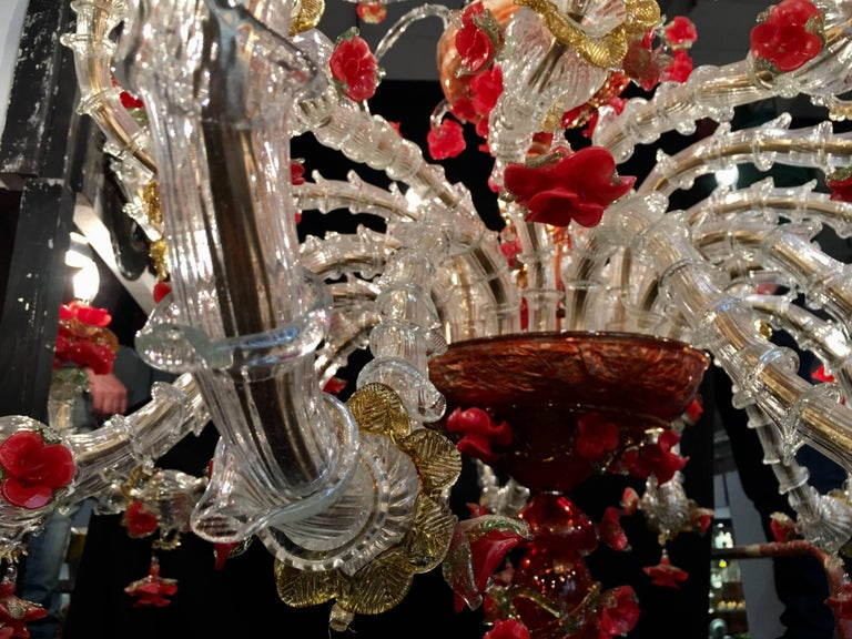 Red and Gold Sumptuous Murano Glass Chandelier, 1980s For Sale 3