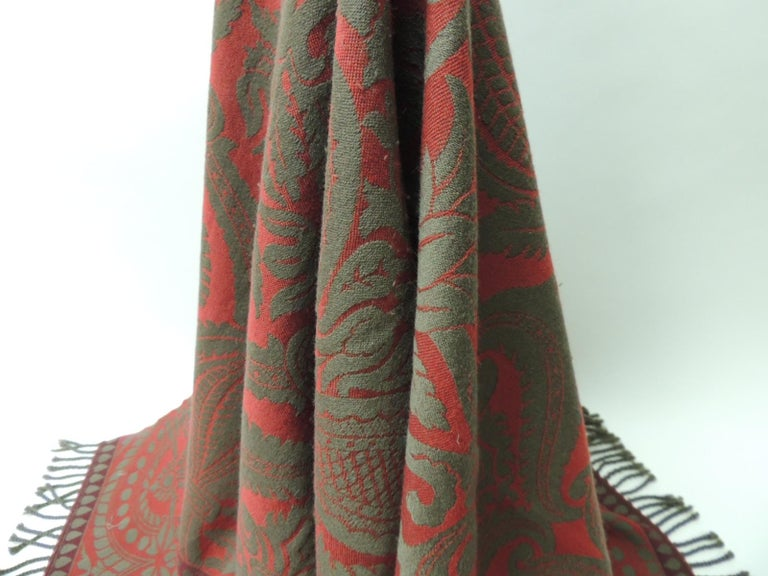 Red and Grey Hand Loomed Fine Wool Anichini Throw In Good Condition For Sale In Oakland Park, FL