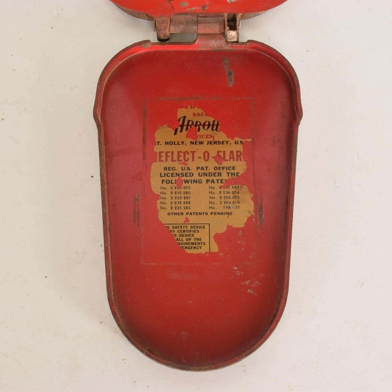 Mid-Century Modern Red Arrow Reflect O Flare Light Vintage Car Safety Device Compact Road Hazard For Sale