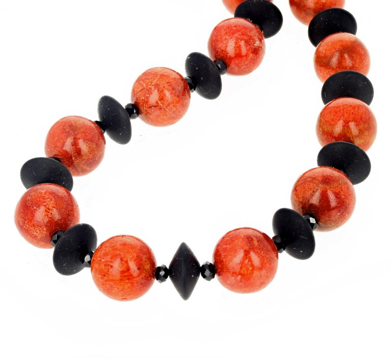 Women's Red Bamboo Coral and Black Onyx Necklace For Sale