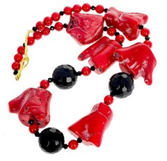 Gemjunky BoHo Chic Large Red Bamboo Coral and Black Onyx Necklace