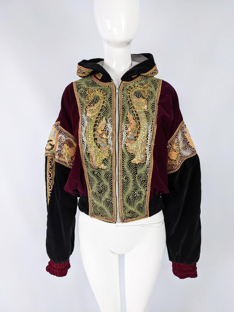 Red & Black Velvet Gold Dragon Vintage Embroidered Bomber Jacket In Good Condition In Doncaster, South Yorkshire