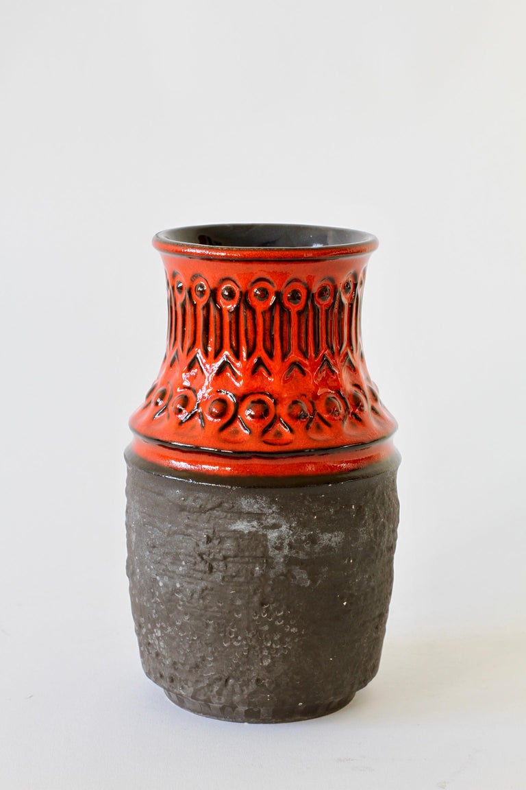Red and Black Vintage Midcentury West German Vase by Jasba Pottery, circa 1970 In Good Condition For Sale In Landau an der Isar, Bayern