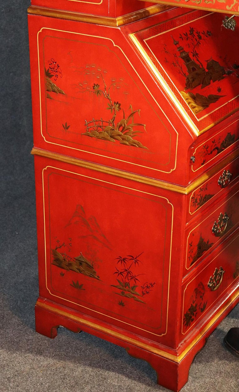 Red Chinoiserie Japanned Painted Lacquer Tombstone Mirrored Secretary Desk In Good Condition For Sale In Swedesboro, NJ