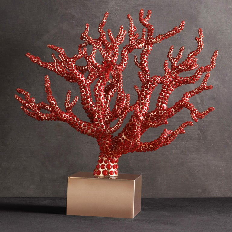 Red Coral Sculpture with Natural Coral In New Condition For Sale In Paris, FR