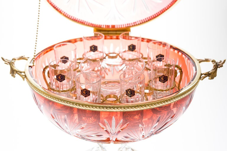 Contemporary Red Crystal Cave for 6 Vodka Goblet and Caviar with Bronze Gold Covered For Sale