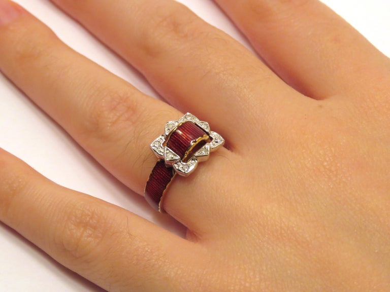 Round Cut Antique Red Enamel Diamonds Yellow Gold Buckle Ring For Sale