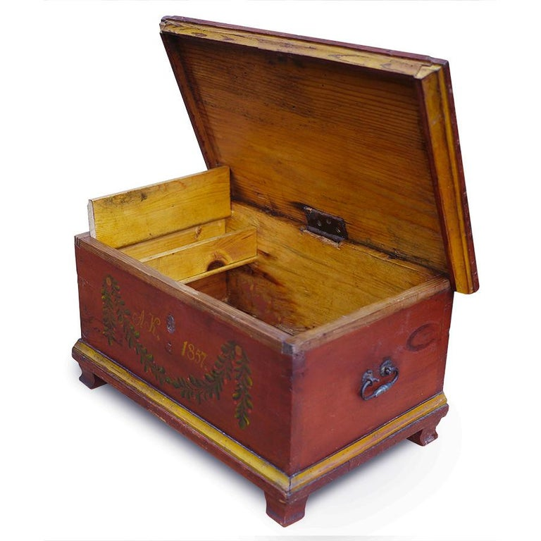 Red Floral Painted Chest Box, 1857 For Sale 2