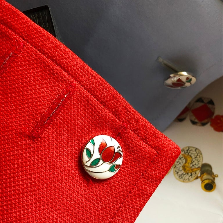 Red Flower White Setting Hand Enameled Sterling Silver T-Bar Back Cufflinks In New Condition For Sale In Valenza, IT