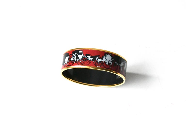 Hermes Red Enamel Bracelet In Excellent Condition For Litchfield County Ct