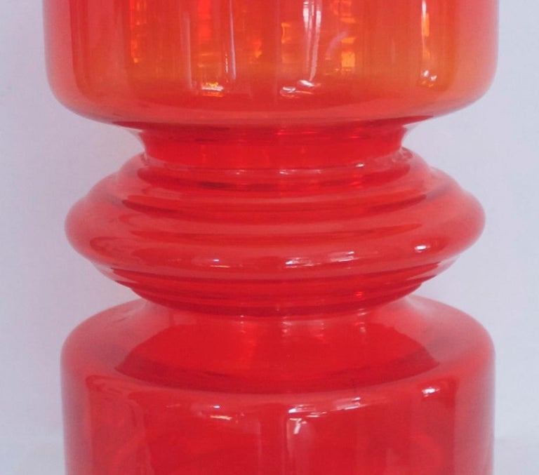 Mid-20th Century Red Hooped Glass Vase Tamara Aladin Riihimaki 'Finland' 1959 Mid-Century Modern For Sale