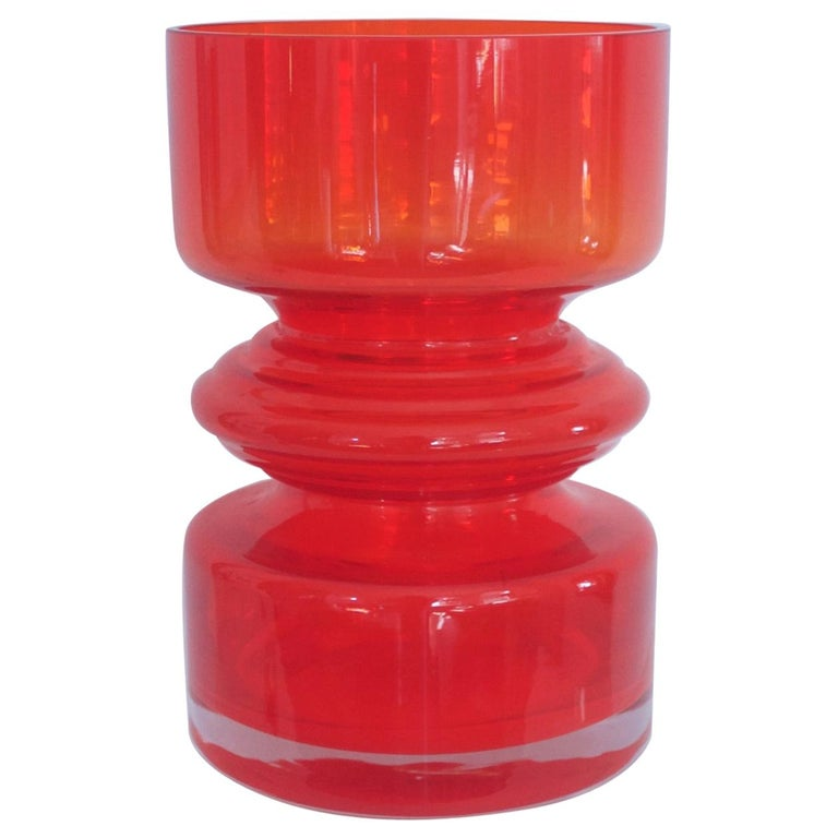Red Hooped Glass Vase Tamara Aladin Riihimaki 'Finland' 1959 Mid-Century Modern For Sale