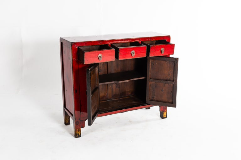 20th Century Red Lacquer Chinese Cabinet with Three Drawers and a Pair of Doors