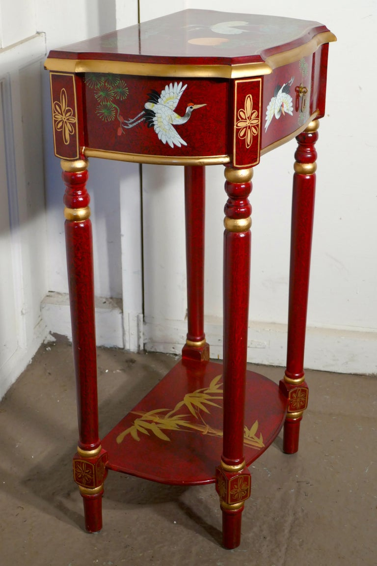 Red Lacquer Chinoiserie Side Table In Good Condition For Sale In Chillerton, Isle of Wight