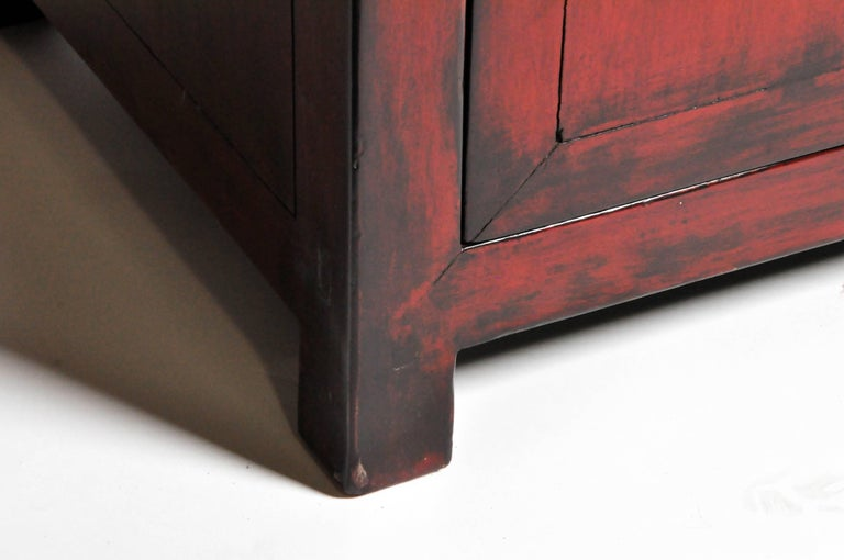 Red Lacquered Chinese Sideboard with Five Drawers and Three Shelves For Sale 15