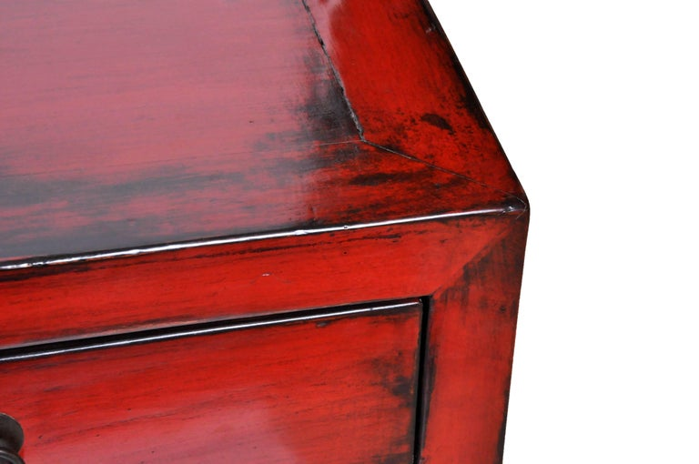 Red Lacquered Chinese Sideboard with Five Drawers and Three Shelves For Sale 5