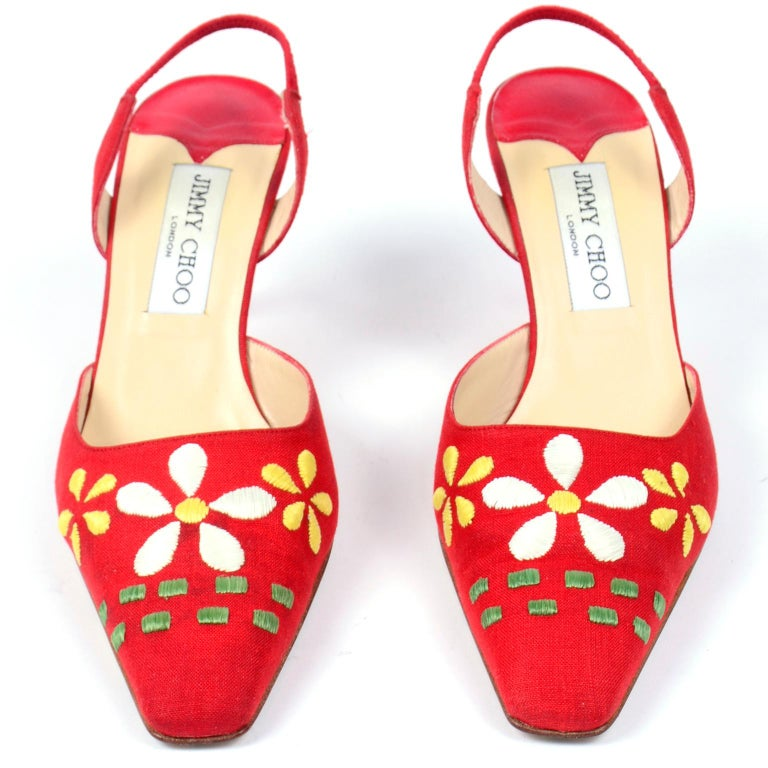 Red Linen Jimmy Choo Slingback Heel Shoes With Daisy Flowers In Excellent Condition In Portland, OR