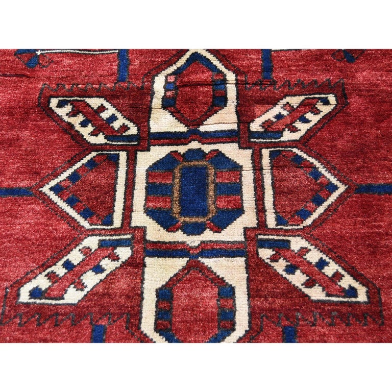 Red New persian Bakhtiari Pure wool Hand Knotted Oriental Rug For Sale 1