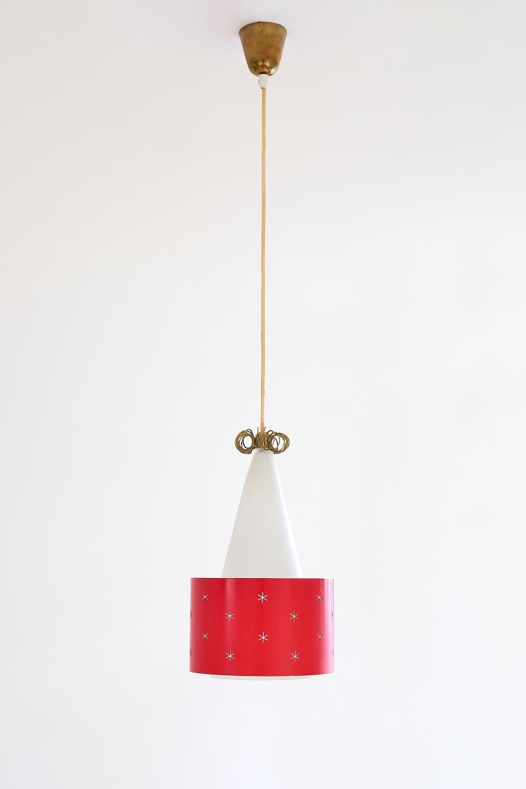 Red Paavo Tynell Pendant, Model K2-10, Idman Finland, 1955 For Sale 2