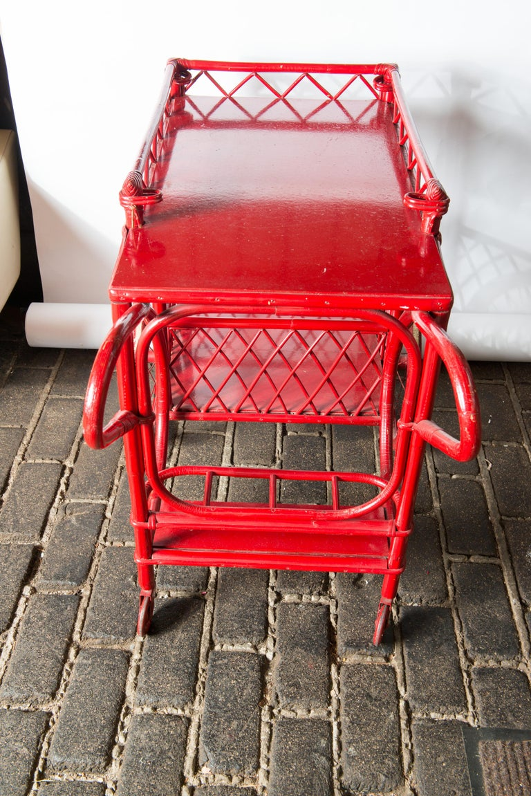 Red Rattan Bar Cart In Good Condition For Sale In Stamford, CT