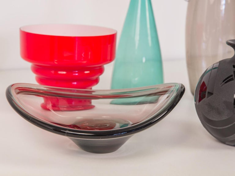 20th Century Red Scandinavian Hooped Glass Bowl For Sale