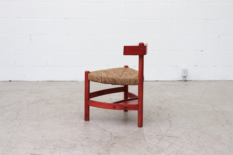 Red Stained Wim Den Boon Style Tri-Pod Rush Chair In Good Condition In Los Angeles, CA