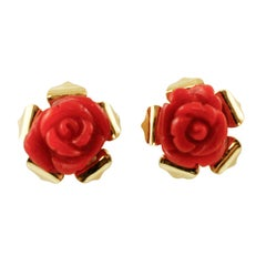 Red Stone Flower, 18 Karat Yellow Gold Stud Flower Shape Earrings
