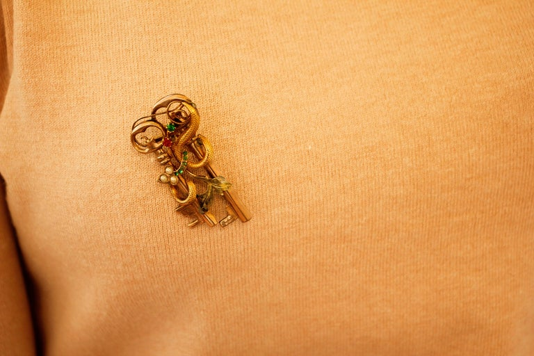 Red Stone, Green Stones, Little Pearls, 9 Karat Rose Gold Very Old Brooch 2