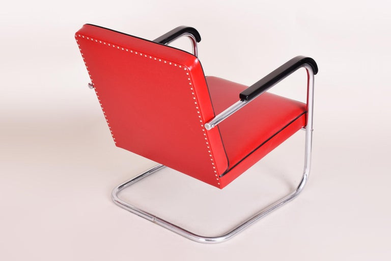 20th Century Red Tubular Thonet Armchair by Anton Lorenz, New Leather Upholstery, 1930s For Sale