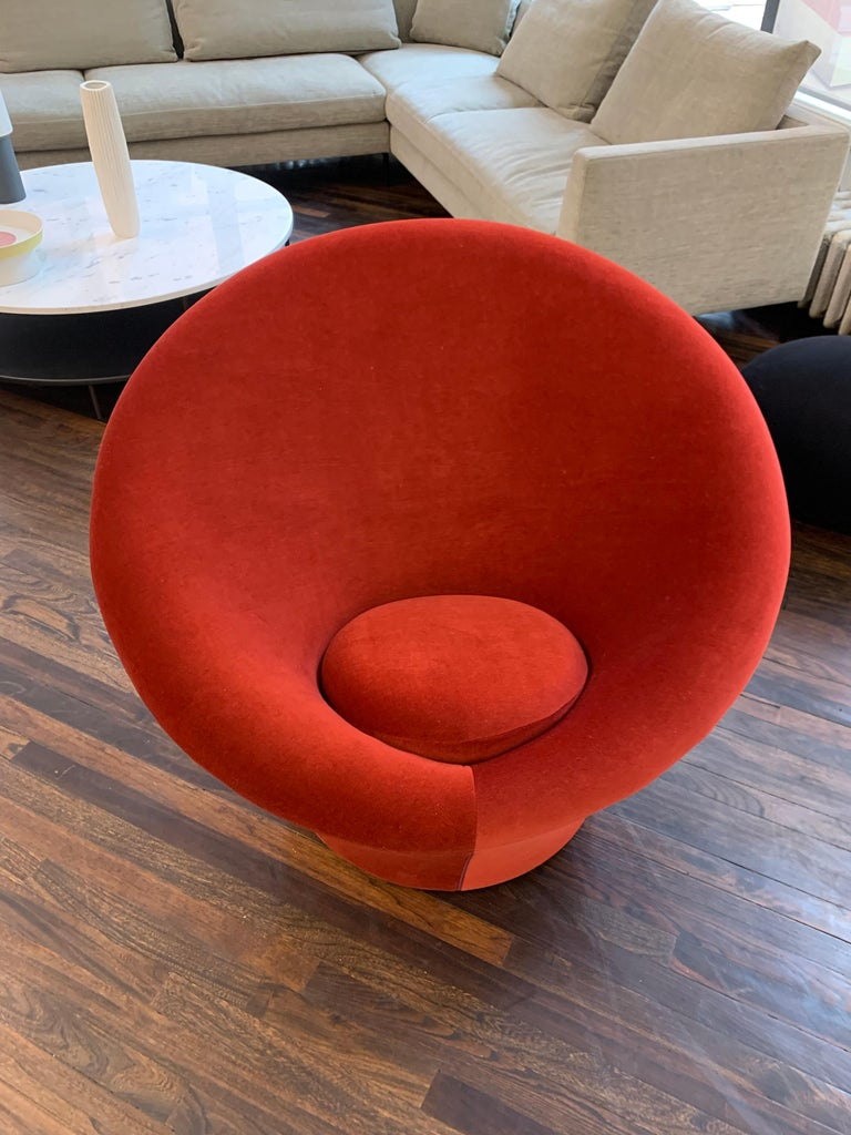 Red Velvet Artifort Big Mushroom Lounge Chair by Pierre Paulin In Excellent Condition For Sale In New York, NY