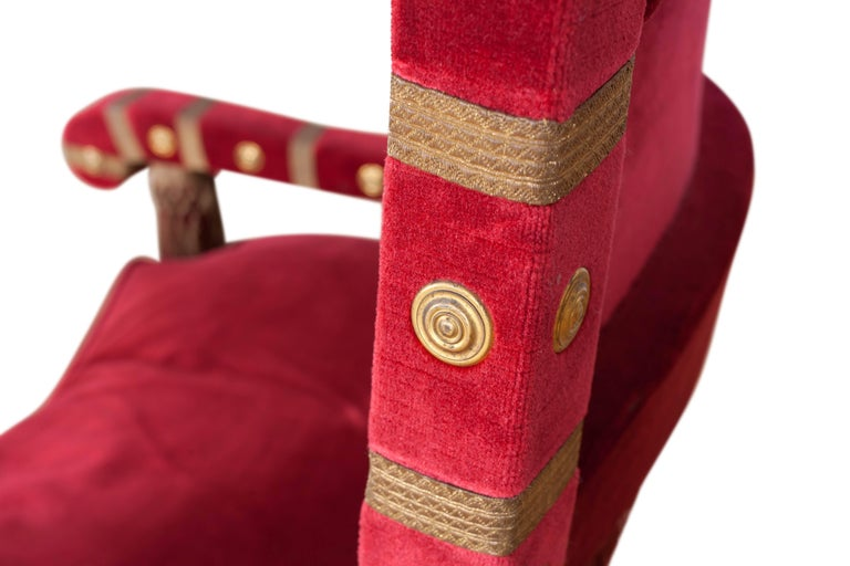Eclectic Red Velvet Italian Throne Chairs For Sale 3