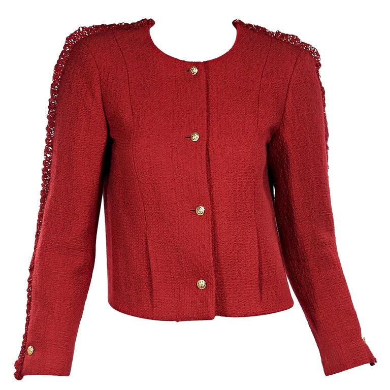 d44ca2e6749d Red Vintage Chanel Tweed Cropped Jacket For Sale at 1stdibs