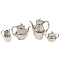"Reed & Barton ""Americana"" Silverplate Tea & Coffee Service"