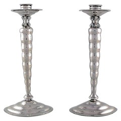 Reed & Barton, USA a Pair of Candlesticks in Hammered Sterling Silver circa 1930