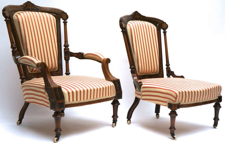 Refined Set of Two Victorian Low Chairs In Good Condition For Sale In Antwerp, BE