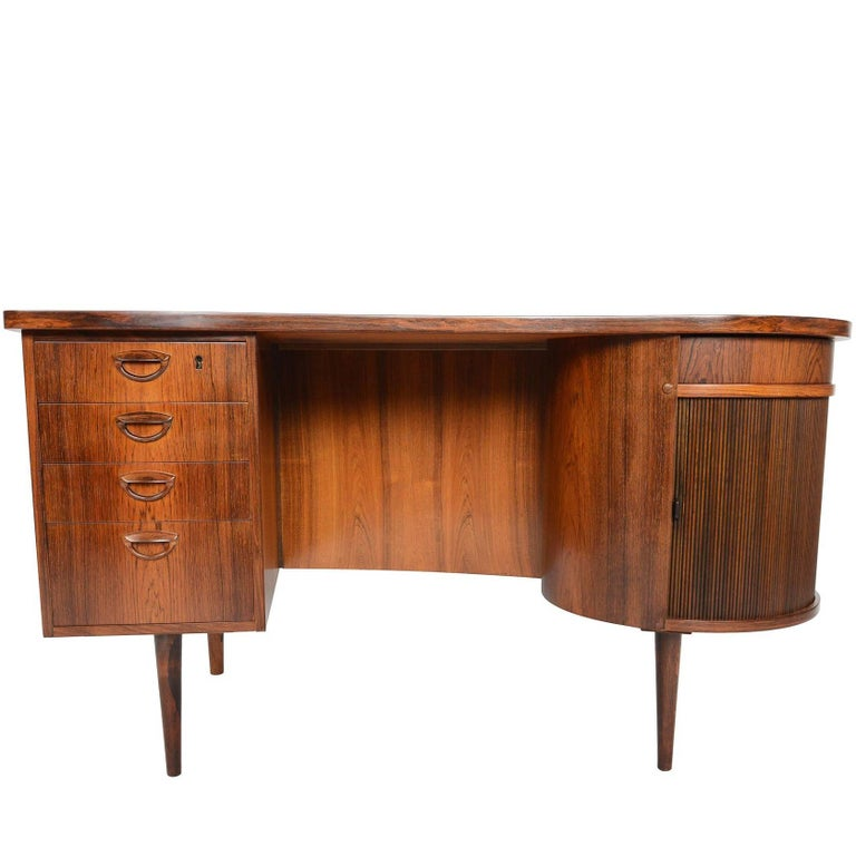 Refinished Kai Kristiansen Model 54 Executive Writing Desk in Brazilian Rosewood