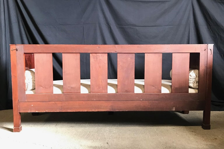 Regal Mahogany Empire Style French Antique Daybed For Sale 1