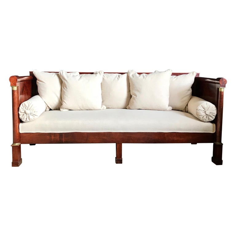 Regal Mahogany Empire Style French Antique Daybed For Sale