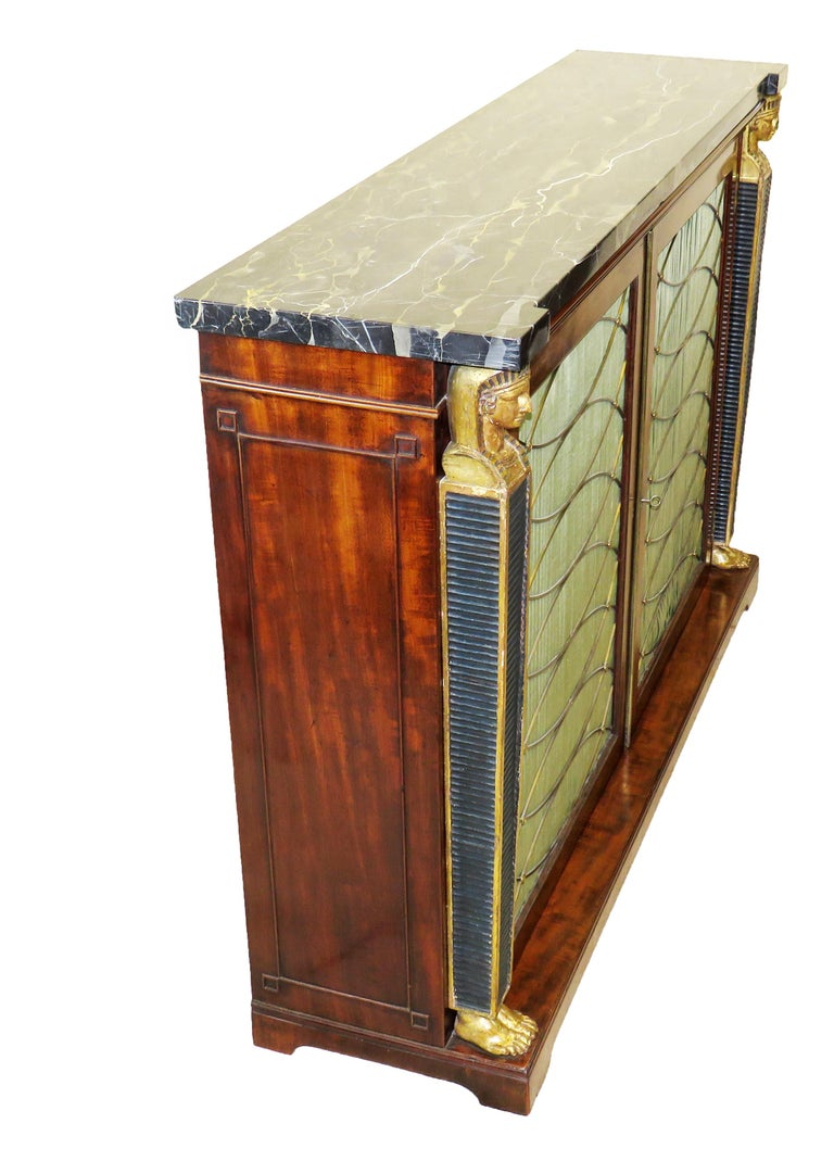 Regency 19th Century English Mahogany and Parcel Gilt Side Cabinet For Sale 1