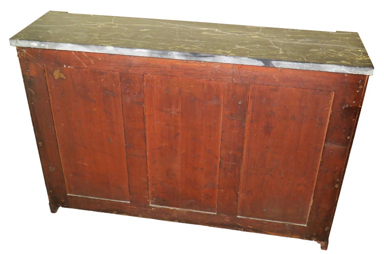 Regency 19th Century English Mahogany and Parcel Gilt Side Cabinet For Sale 4