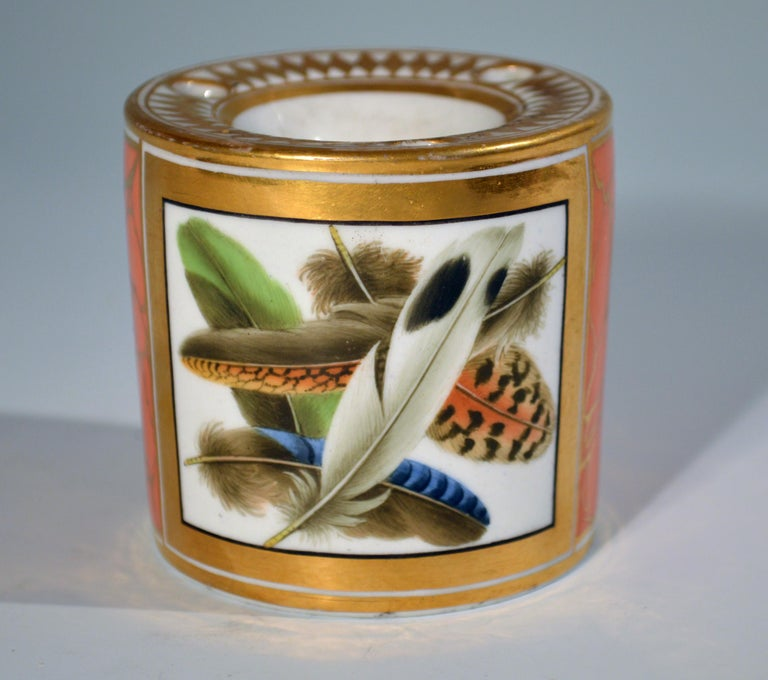 Regency Chamberlain Worcester Porcelain Feather-decorated Inkwell For Sale 1